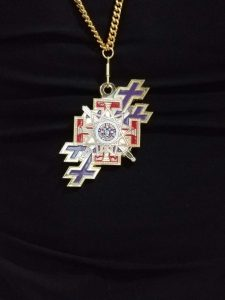 33rd-Sovereign-Grand-Inspectors-General-Medallion-Merged-Jewel-and-Double-Cross-of-the-SGIG-on-Gold-Chain