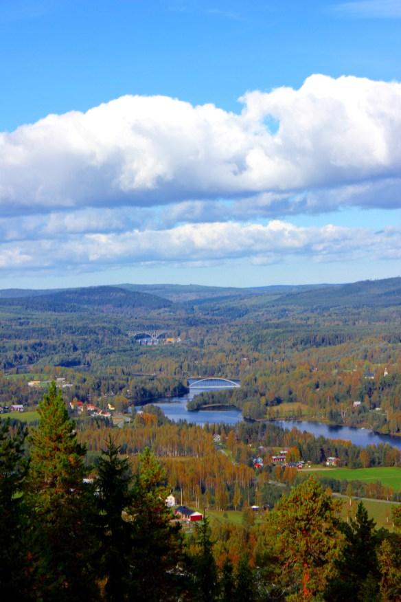 Mäktig vy uppströms Ångermanälven från Österåsen
