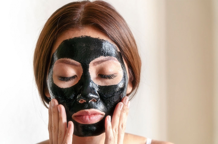 But, what are the risks of using a charcoal mask