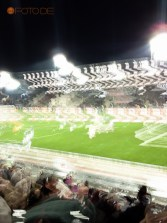Hell im Stadion