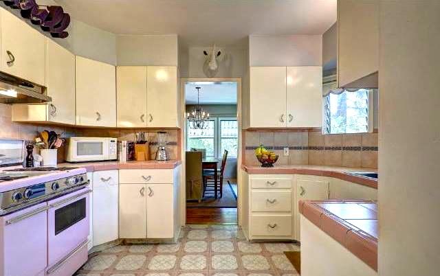 Original built-in kitchen with vintage stove