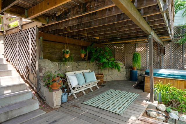 Wraparound deck with hot tub