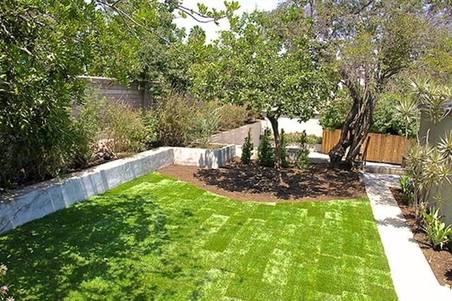 Sprawling yard. Courtesy of Phil Missig – Berkshire Hathaway