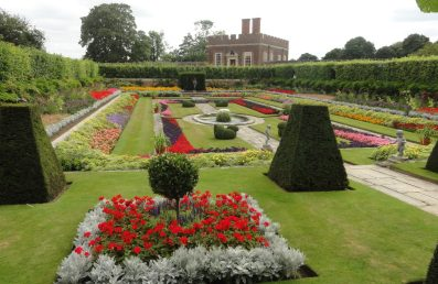 Garden in the grounds of Hampton Court Palace, London. Taken by Ervin Corzo, UK.