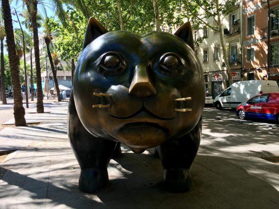Large feline friend in Barcelona, Spain, created by Colombian artist Fernando Botero. Taken by Ervin Corzo.
