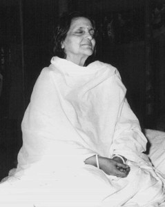 Anandamayi Ma in meditation