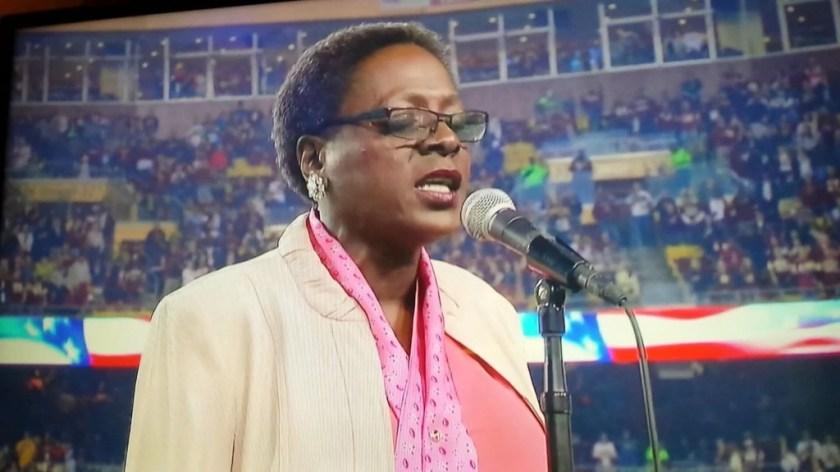 ❤ Sharon Jones - 'NFL Monday Night Football' October 6, 2014 ( Singing National Anthem )