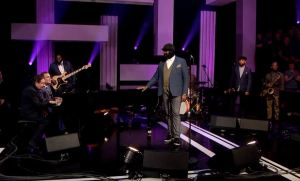 Gregory Porter & Guests - Tribute to #Prince - Purple Rain - Later... with Jools Holland - Video