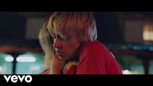 Videopremiere: MØ - When I Was Young