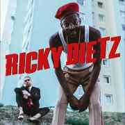 Peter Fox meldet sich mit seinem neuen Projekt RICKY DIETZ und dem Video 'Lemonade Drip' zurück!