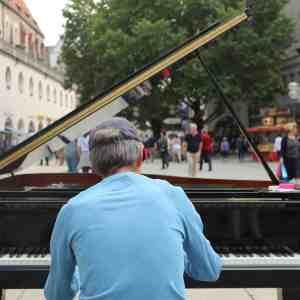 Veranstaltungstipp: OPEN PIANO in Stuttgart (Kleiner Schloßplatz)