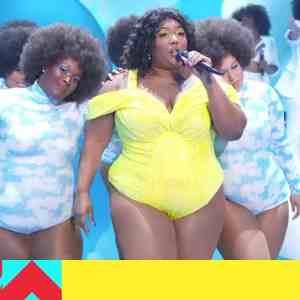 LIZZO rockt die VMA Bühne! (Video)