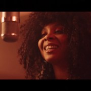 Videopremiere: Hollie Cook - Dance in the Sunshine