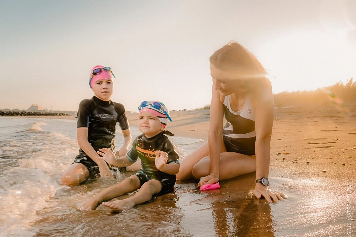 Brooklyn Plumb Beach Family portrait. Fun, candid and lifestyle mum on the sand with her children