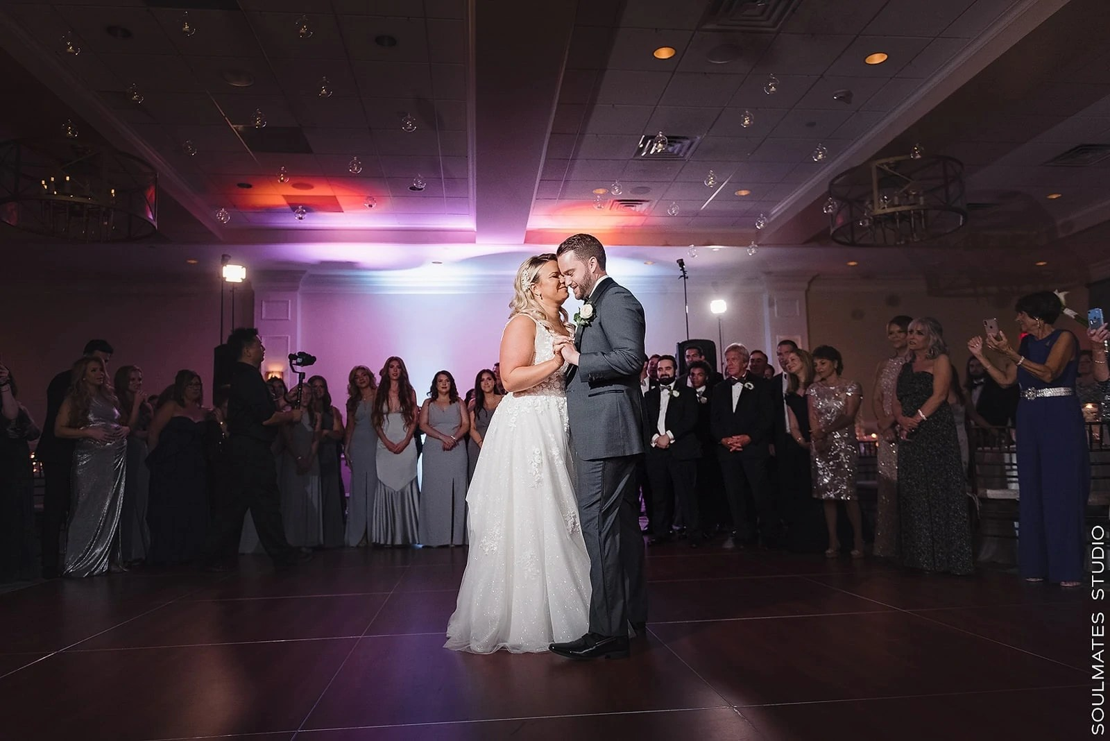 Paramount Country Club First dance