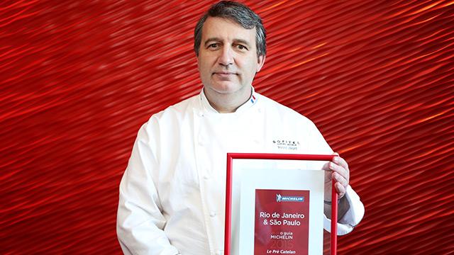 O Chef Roland Villard  comanda a cozinha do Le Pré Catelan no Rio de Janeiro