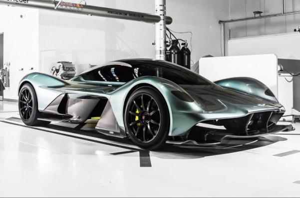 Aston-Martin-AM-RB-001-Hypercar-front-three-quarter-04-e1467732449318.jpg