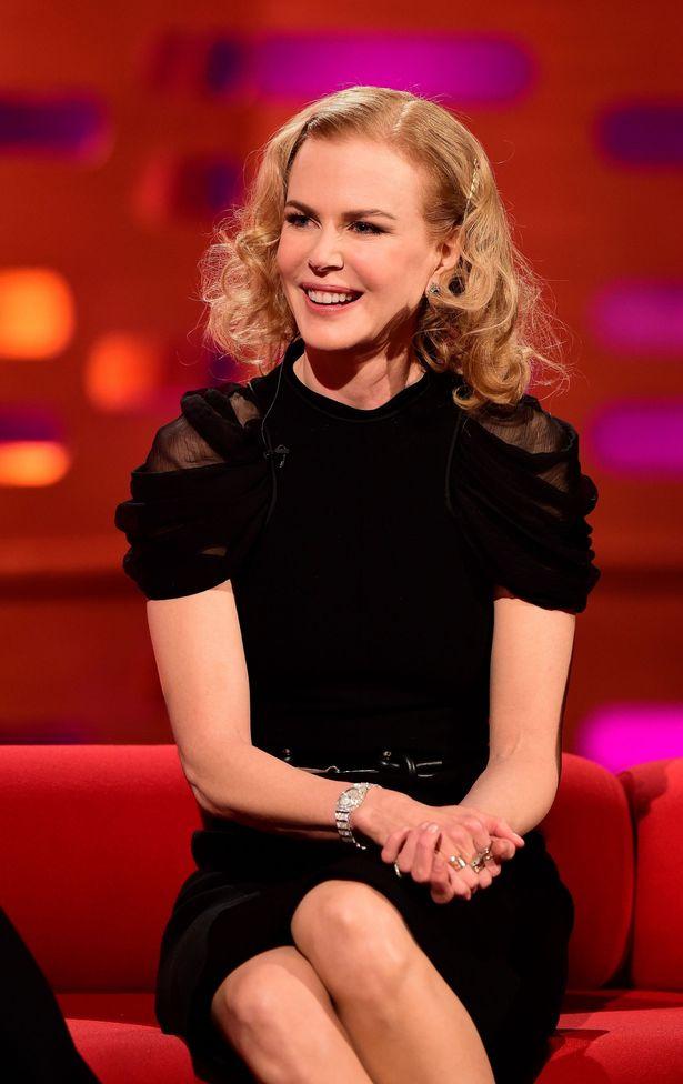 Nicole-Kidman-during-filming-of-the-Graham-Norton-Show