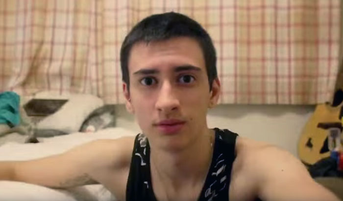 Превращение парня в транса видео