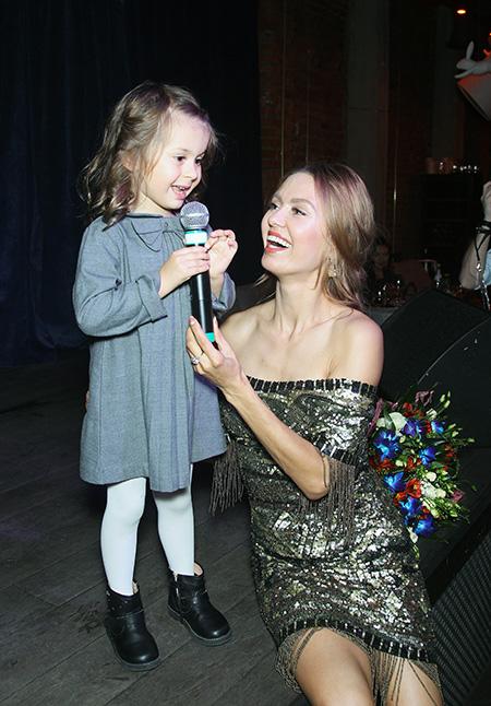 Анджелина и Виктория Боня