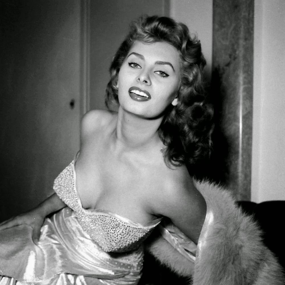 Sophia-Loren-thumb