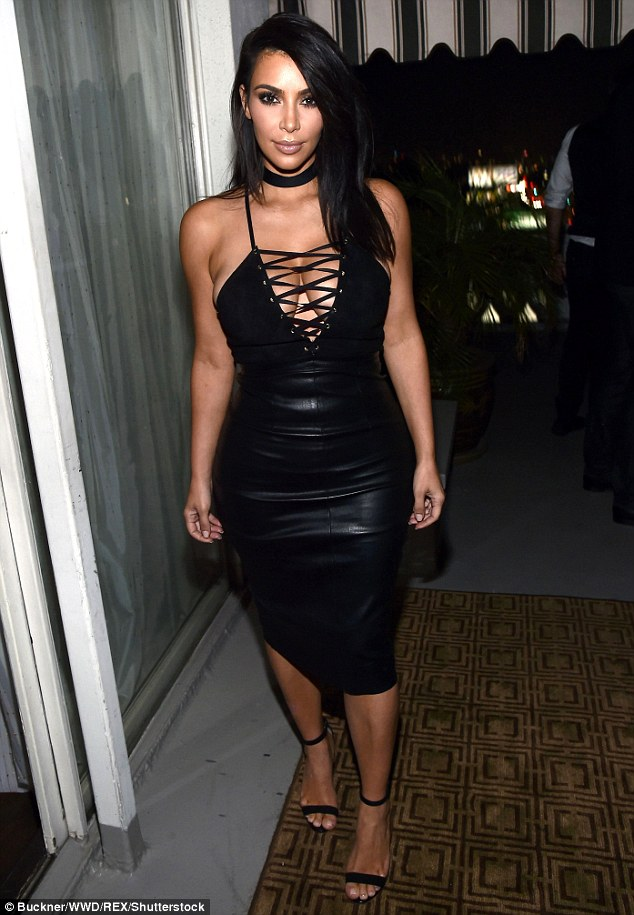 35C5FE2300000578-3668007-Looks_thin_to_us_On_Wednesday_Kim_complained_on_her_website_kimk-m-14_1467294981025