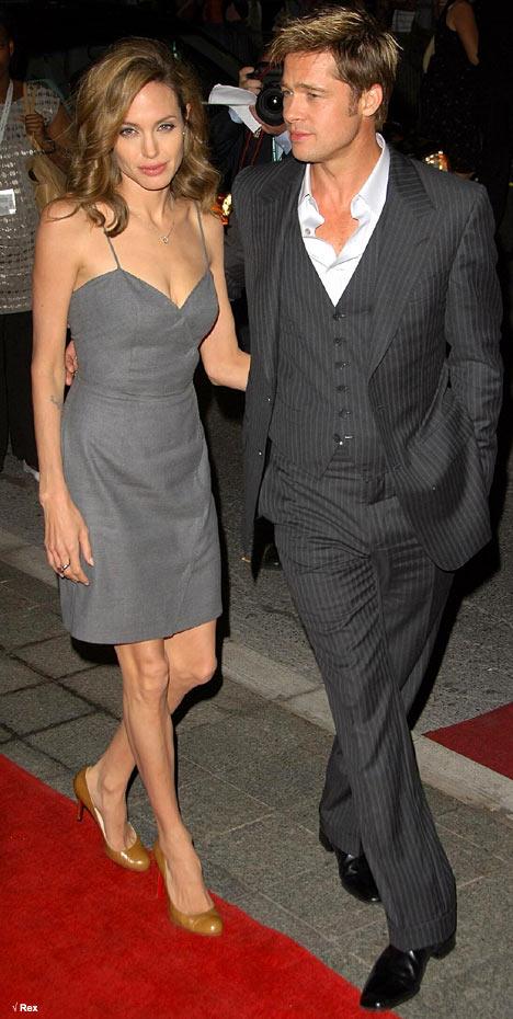 Слишком худые и костлявые у Джоли