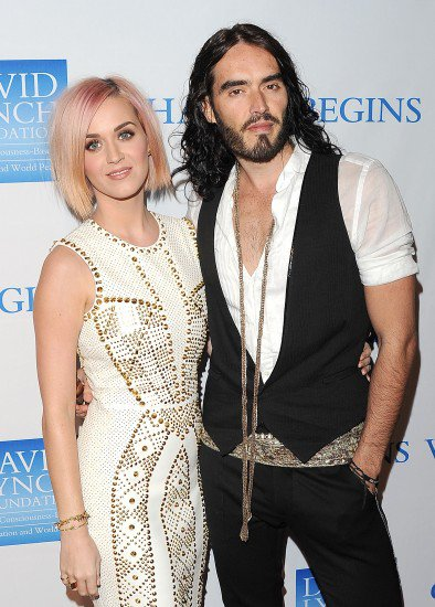 akty-perry-and-russell-brand