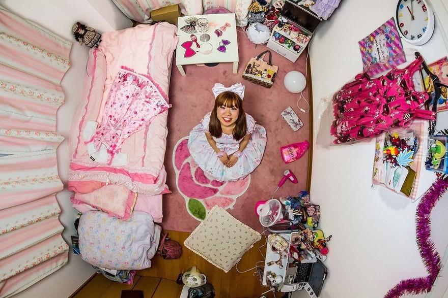 bedrooms-around-world-my-room-project-john-thackwray-1-57fb37eedaa57-jpeg__880