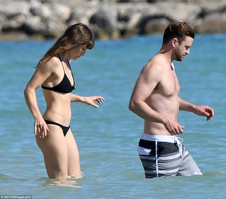 3a3d33d200000578-3924454-romantic_getaway_jessica_biel_and_justin_timberlake_enjoyed_some-a-63_1478799974753