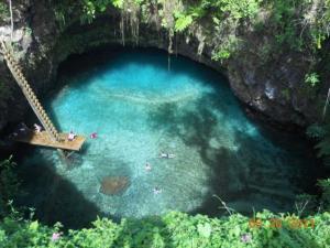 озеро «Большая Синяя Дыра»