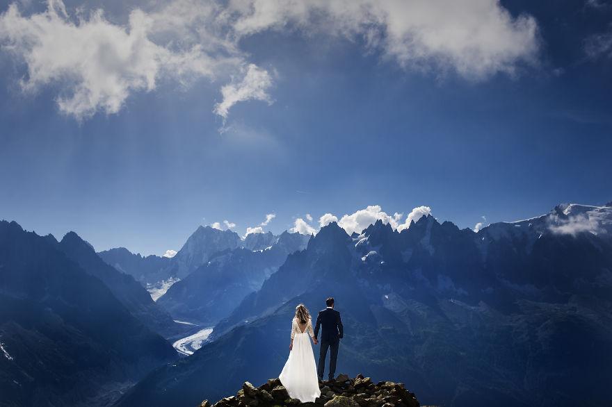 top-50-wedding-photos-of-2016-586a69a94cd31__880