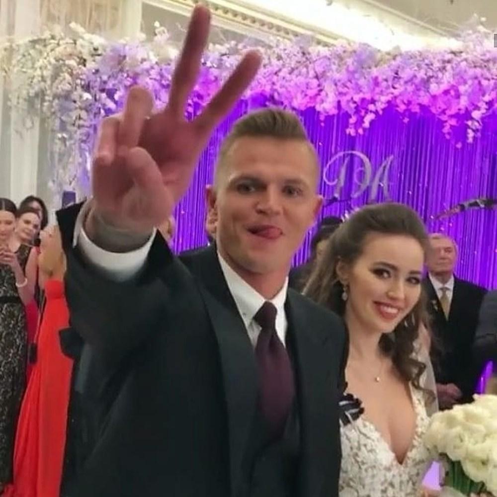 Свадьбу Тарасова и Костенко назвали полным провалом — фото, видео