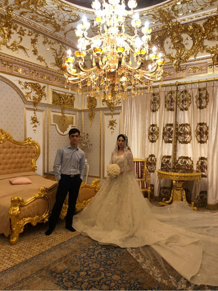 Платье за 17 млн и Кадышева: московская свадьба, которую обсуждали все