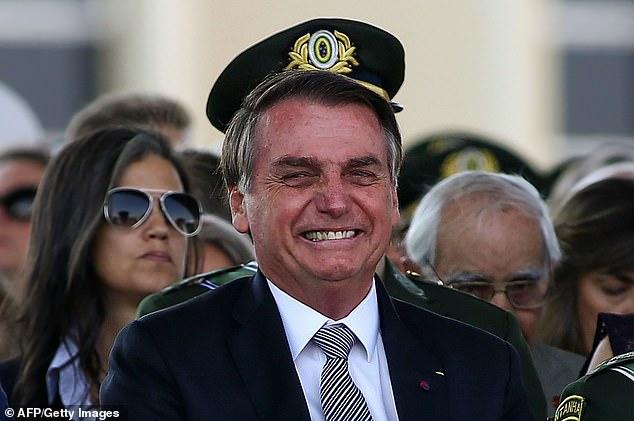 Бразильский президент оскорбил 66-летнюю жену президента Франции, которая старше мужа на 25 лет