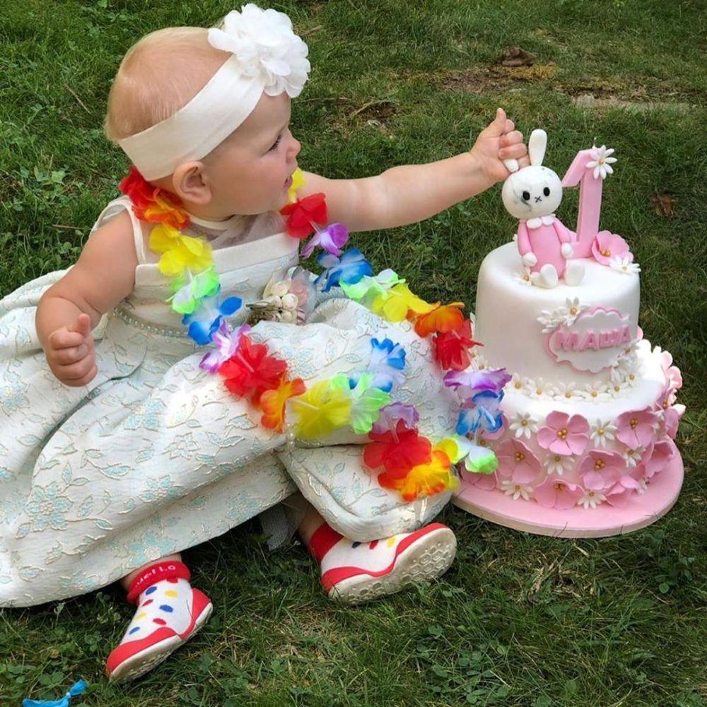 48-летняя Лера Кудрявцева отметила первый день рождения дочки — фото