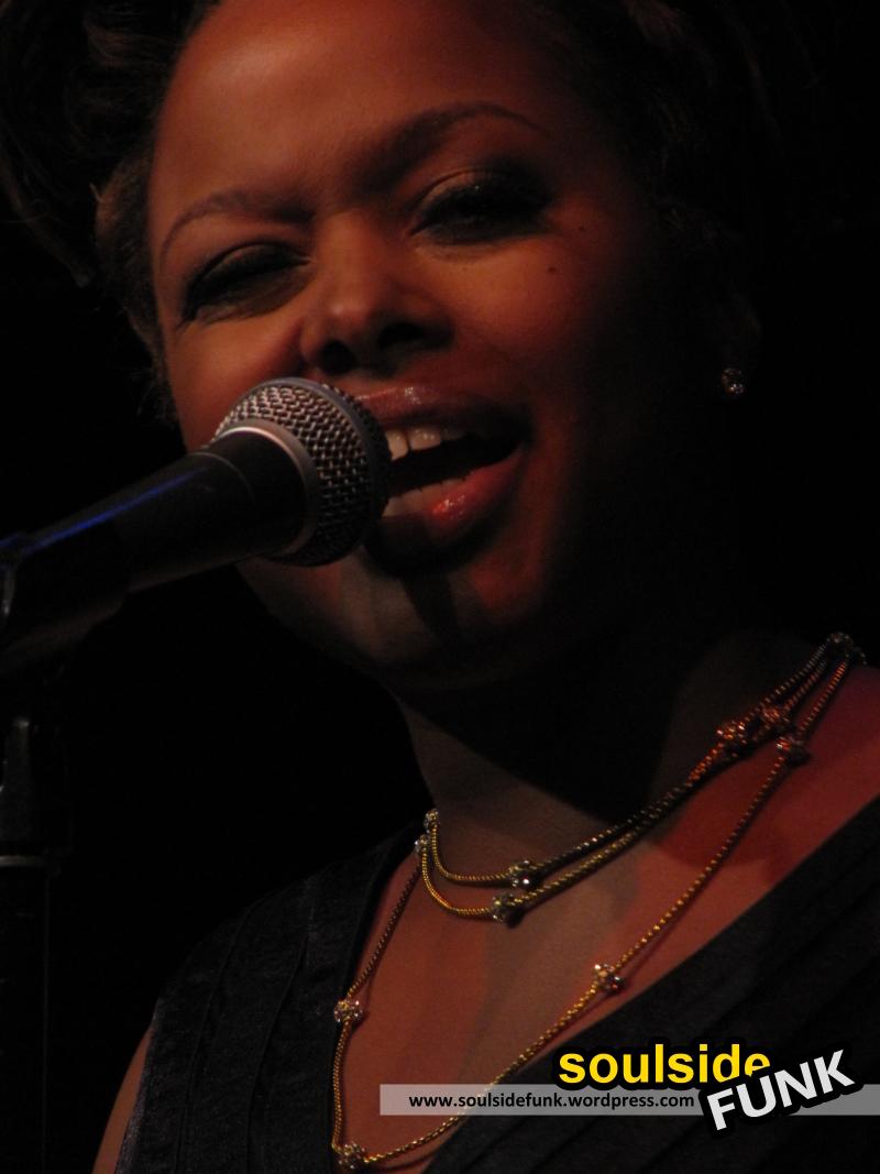 Chrisette Michele Jazz Cafe 06