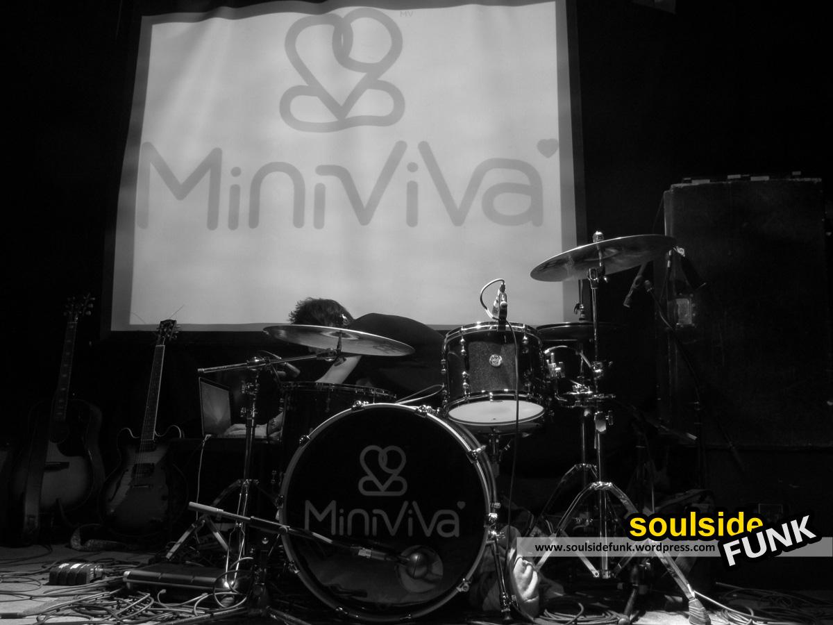 Mini Viva Gold Dust 01
