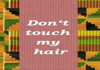 """June 30: In Kooperation mit der BlackLivesMatter - Bewegung Black Lives Matter Berlin werden wir uns in dieser Session über Haare unterhalten. Haare eignen sich am ehesten uns der Komplexität der Identitätsfrage zu nähern. In ihrem Song """"Don't touch my hair"""" singt Shero Solange über die Politik der Haare einer Schwarzen Frau, erzählt wie ihre Haare ihre Krone und Ausdrucksmittel ihrer Gefühle sind. Wir wollen uns auf diesem Wege aber auch der Geschichte und der Bedeutungskraft der Haare nähern. Sind naturbelassene Haare mehr 'conscious' als gefärbte oder geglättete Haare? Ist man 'woke' wenn man einen Afro trägt? Hierbei nehmen wir Haare als Ausgangspunkt um uns über strukturelle Machtverhältnisse und dem zugrunde liegenden Rassismus, Sexismus, Klassismus und Queer/Trans/Homophobie zu unterhalten, aber auch vor den Widersprüchen in der PoC coummunity, denn zu den äußerlichen Eigenschaften gehören Haare und dieses lädt oft zu den Zuschreibungen von außen ein. Haare bieten aber auch Handlungsspielraum und können empowernde Wirkung haben. Wir würden gerne an einem Abend uns diesen Fragen durch eine Podiumsdiskussion mit kleineren Beiträgen und Exkursen in die Kulturgeschichte der Haare von PoC's über dieses Thema zu nähern. Gastsprecher*innen: - Tarik Tesfu Tariks Genderkrise weitere Gastsprecher*innen folgen. ****************************************************************** Mehr Infos: http://afropolitan.berlin/veranstaltungen-2/ @ Afropolitan Berlin, 6pm"""
