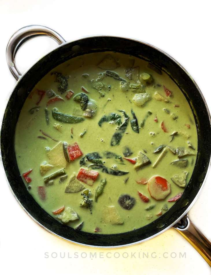 Vegetarian Thai Green Curry. Thai Green Curry recipe. Vegetarian Thai Green Curry paste. Thai Green Curry from scratch. Can you freeze Thai green curry. How to make Thai green curry paste vegetarian. how to make Thai green curry.