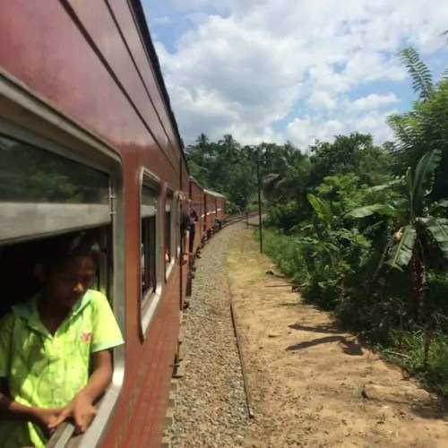 Train travel in Sri Lanka from Kandy to Colombo
