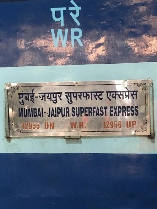 Train from Mumbai to Jaipur