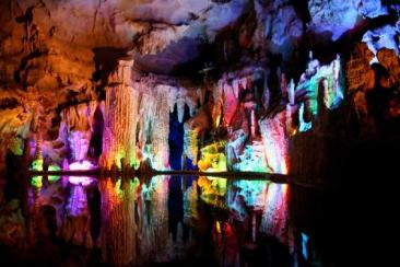 REED FLUTE CAVE, GUILIN, CHINA18