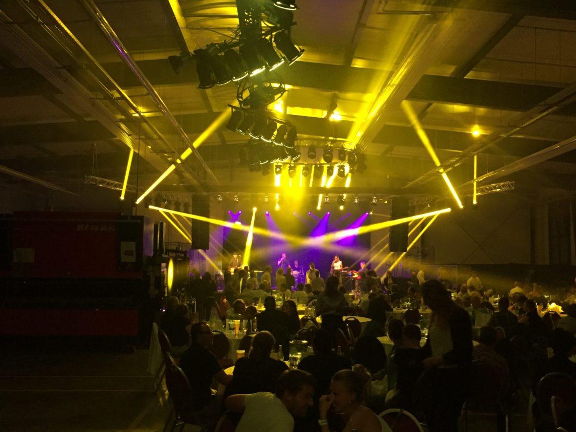 Die Technik Firma Schüttler feier mit dem Soundburg DJ Firmenevent DJs und Vanessa Mai ihr 35 jähriges Bestehen.