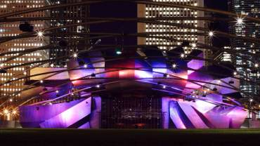 jay-pritzker-pavilion-in-millennium-park-at-night-chicago-122314