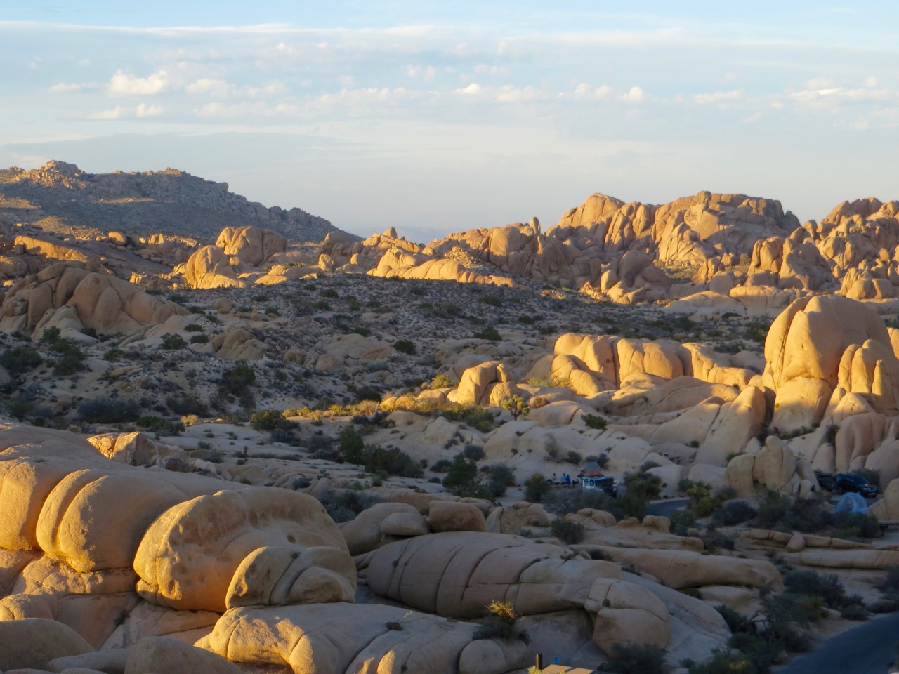 Jumbo Rocks campground sunset, Joshua Tree
