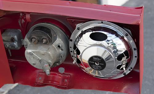 """Soundlabs Group RetroSound VW Beetle 6.5"""" Dash Speaker"""