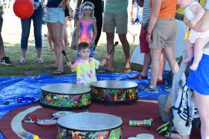 Drum circle, one of the many activities available between/during sets.
