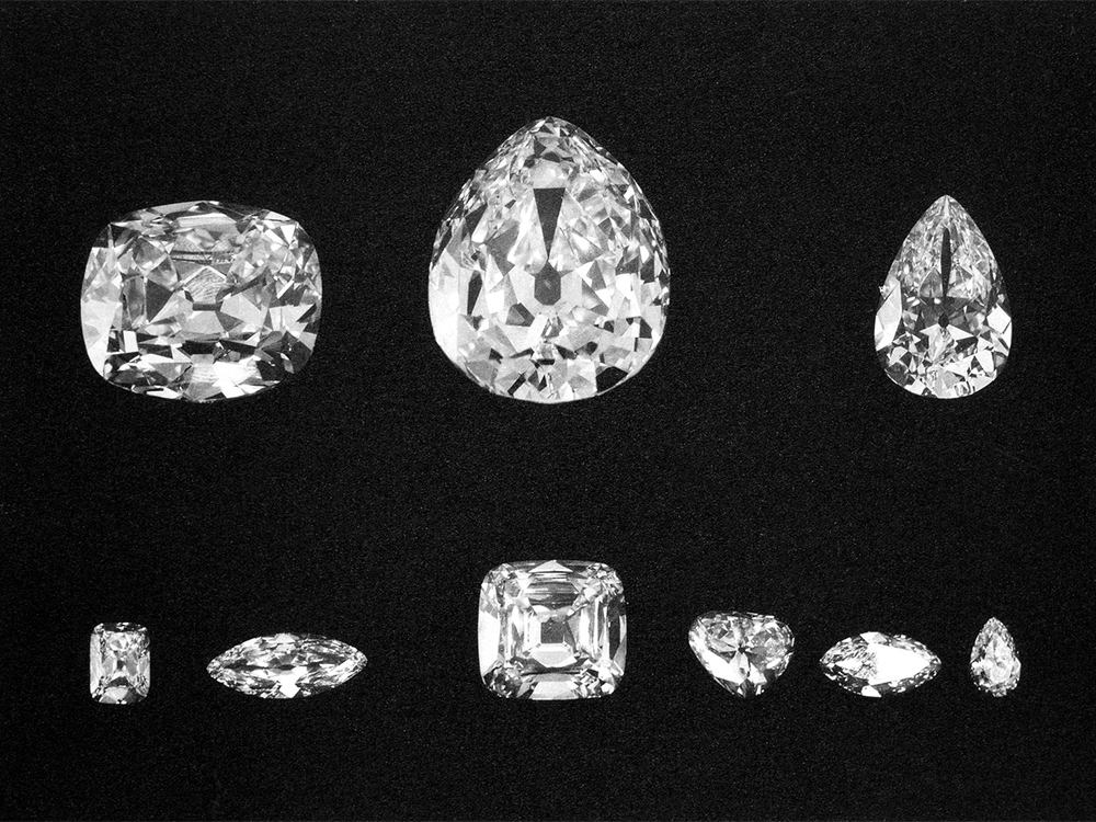 The nine major stones cut from the rough diamond. Top: Cullinans II, I, and III. Bottom: Cullinans VIII, VI, IV, V, VII and IX.