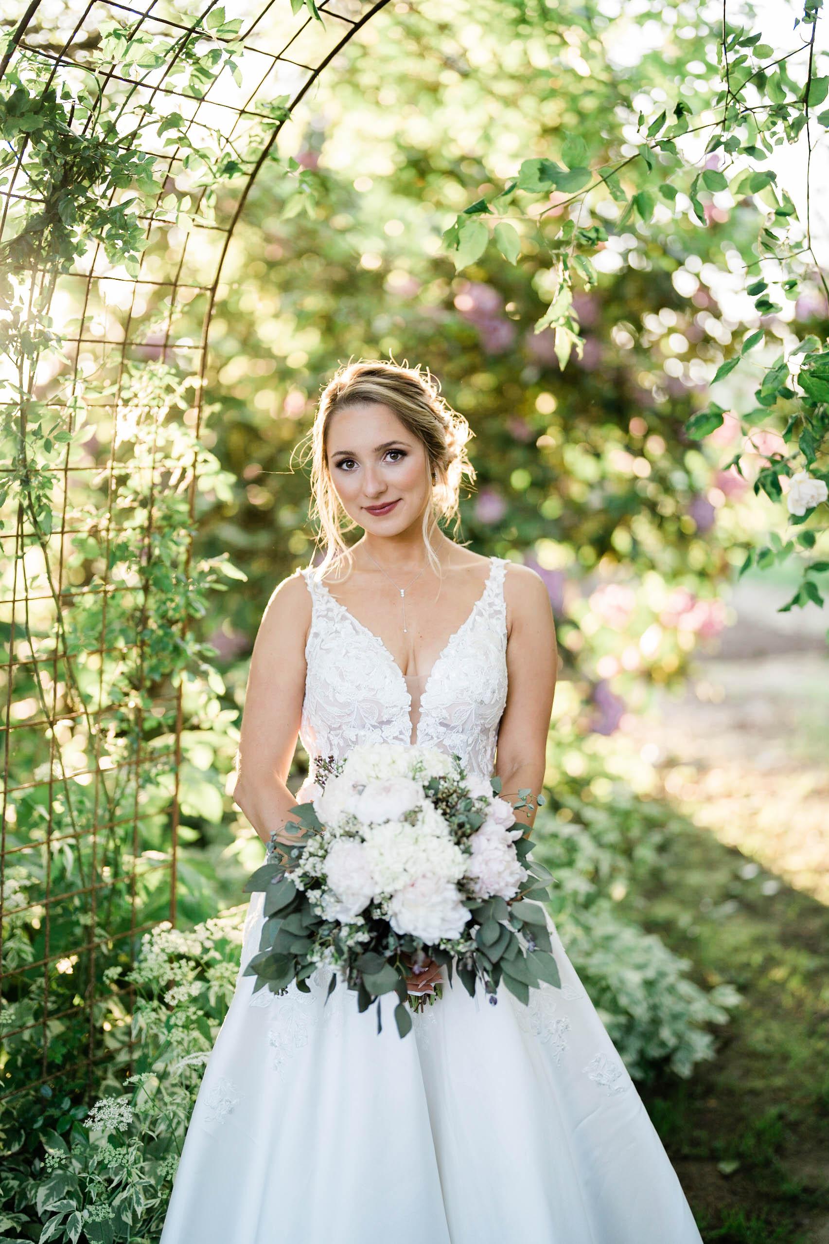 bridal portrait photography at craven farm wedding in seattle